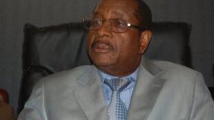 «Les élections législatives auront lieu en mai 2012», annonce Alhassane Condé, ministre guinéen de l'Administration du territoire à Conakry.