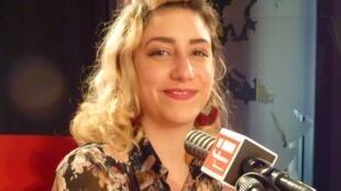 Rebecca Roger Cruz en RFI