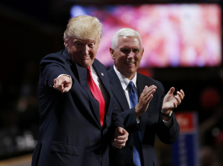 Le candidat républicain Donald Trump (gauche) et son colistier Mike Pence à Cleveland, le 21 juillet 2016.