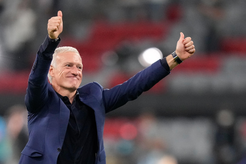 La joie du sélectionneur Didier Deschamps, après la victoire, 1-0 contre l'Allemagne, lors de la 1ère journée du groupe F à l'Euro 2020, le 15 juin 2021 à l'Allianz Arena à Munich