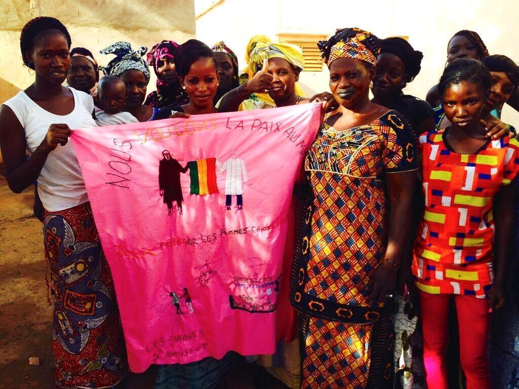 Au centre de Sini Sanuman à Bamako, septembre 2015. L'association lutte contre la pratique de l'excision, les violences sexuelles et milite pour l'autonomisation des femmes.