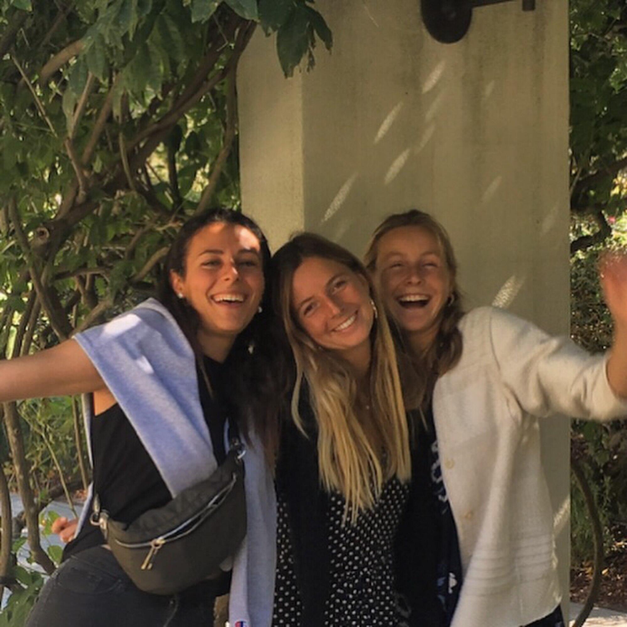 Marie-Claire Kanaan, Camille Pereira y Laure de Lacaze, las tres fundadoras de Medene.