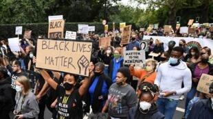 Le mouvement Black Lives Matter a été suivi avec force au Royaume-Uni. Ici, une manifestation le 30 août 2020 à Londres.