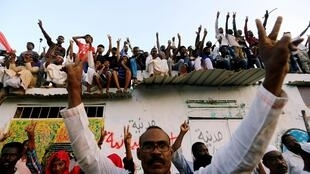 Celebrations in Khartoum after the military council and a opposition reach power sharing agreement, 5 July 2019