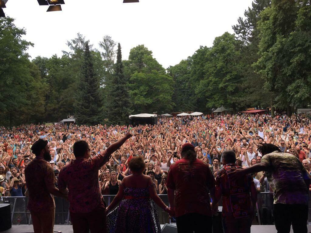 Dona Onete teve um público de 10 mil pessoas no festival de world music de Rudolstadt, na Alemanha