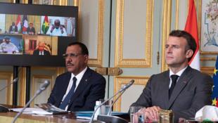 Shugaban Faransa Emmanuel Macron da takwaransa na Nijar Bazoum Mohammed