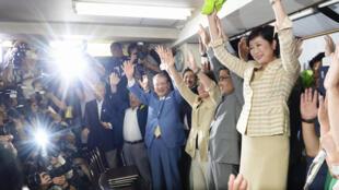 2016年7月31日,日本前防衛相小池百合子當選東京都知事。