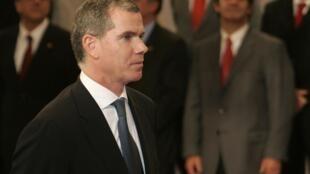 Felipe Bulnes al jurar como ministro de educación el 18 de julio pasado