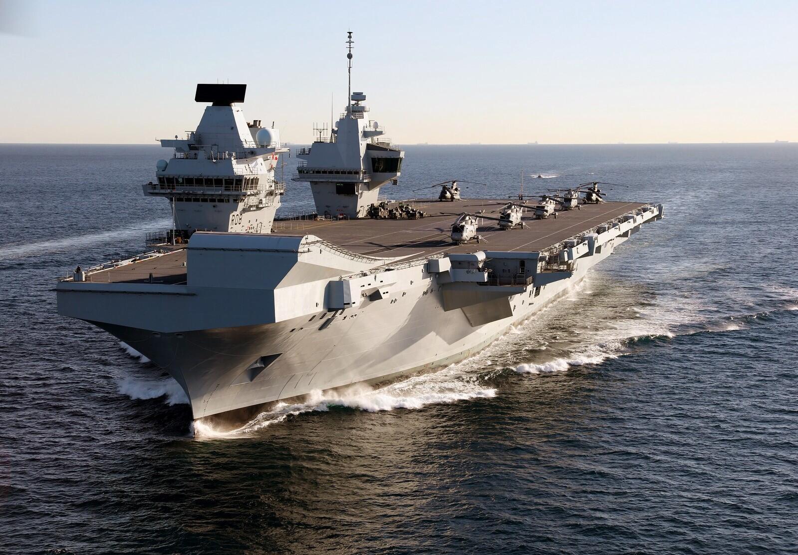 HMS_Queen_Elizabeth_in_Gibraltar_-_2018_(28386226189)