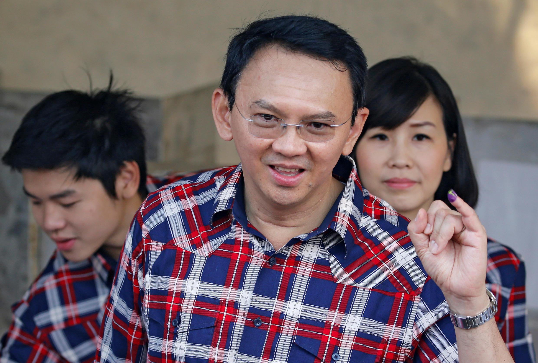 Ứng cử viên Basuki Tjahaja Purnama (G) tranh chức thống đốc Jakarta, Indonesia ngày 15/02/2017.