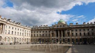 C'est à la Somerset House de Londres que la deuxième édition de la foire d'art contemporain africain se produit jusqu'à ce 19 octobre.