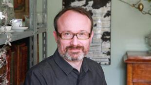 Portrait photo de l'écrivain Iegor Gran.