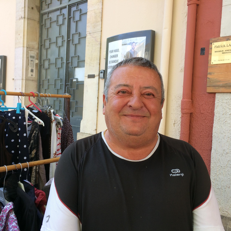 Eleitor de Marine Le Pen residente em Le Luc, no sul da França.
