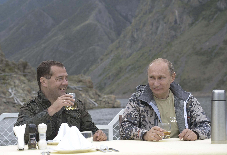 Владимир Путин и Дмитрий Медведев в Сибири 20/07/2013