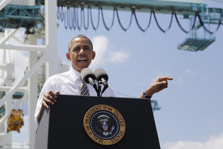 Rais wa Marekani Barack Obama akiwahutubia wananchi wa Taifa hilo huko Miami