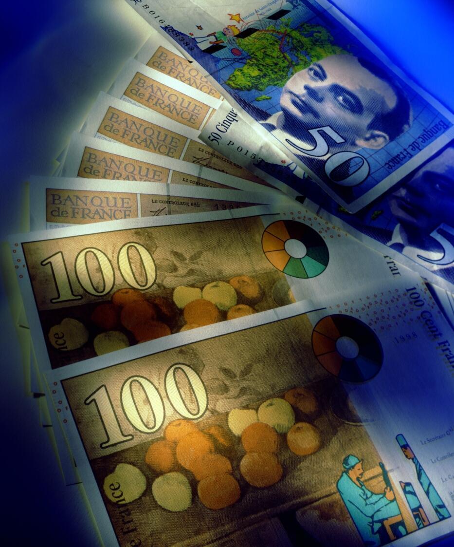 La sortie de l'euro entraînerait une dévaluation du franc de 15 à 20 %.