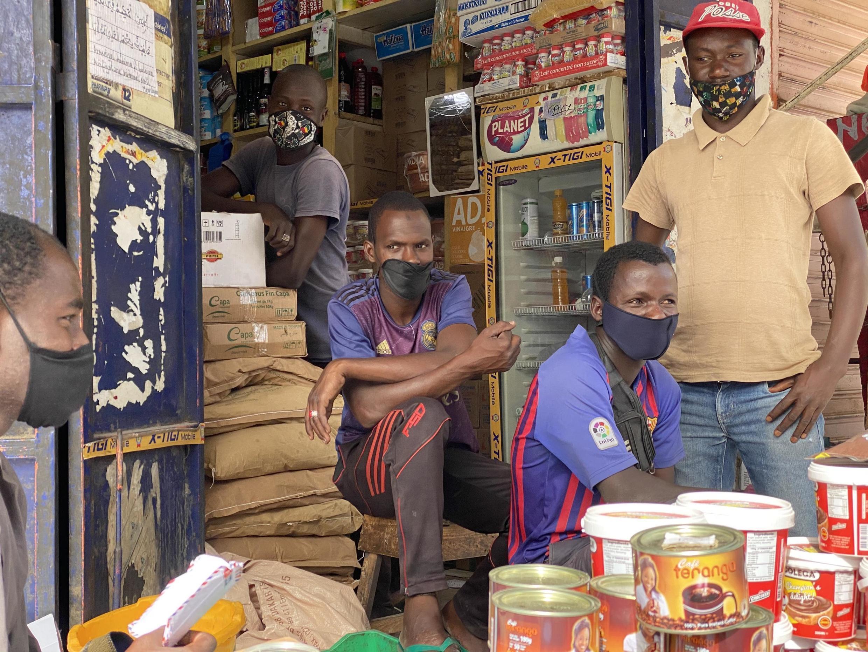 Cette épicerie du marché de Tilène dans la Médina, à Dakar, ne pourra ouvrir que trois jours par semaine à partir de ce lundi 4 mai 2020.