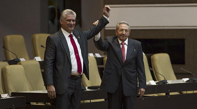 Después de casi seis décadas, Cuba inició una nueva era: el octogenario general Raúl Castro entregó la presidencia a Miguel Díaz-Canel.
