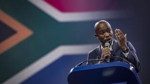 Kiongozi wa upinzani, kiongozi wa chama cha Democratic Alliance, Mmusi Maimane kwenye mkutano wa hadhara Pretoria.