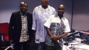 A droite, Adama Sougouri, directeur ; à gauche Moussa Ouédraogo, directeur des programmes de « La voix du paysan »