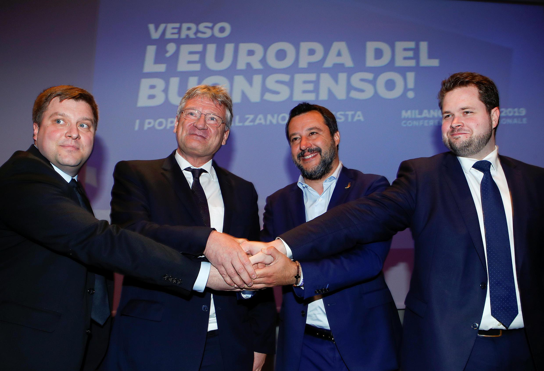 Matteo Salvini, le ministre italien de l'Intérieur, Olli Kotro, des Vrais Finlandais, Jörg Meuthen, du parti Alternative pour l'Allemagne (AfD) et Anders Vistisen, du Parti populaire danois, le 8 avril 2019.