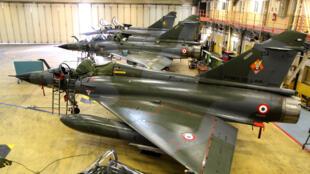 Des «Mirage 2000N» sur la base d'Istres peu avant leur retrait du service.