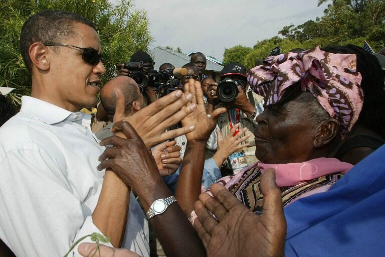Barack Obama a ziyararsa a kasar Kenya a shekara ta 2006