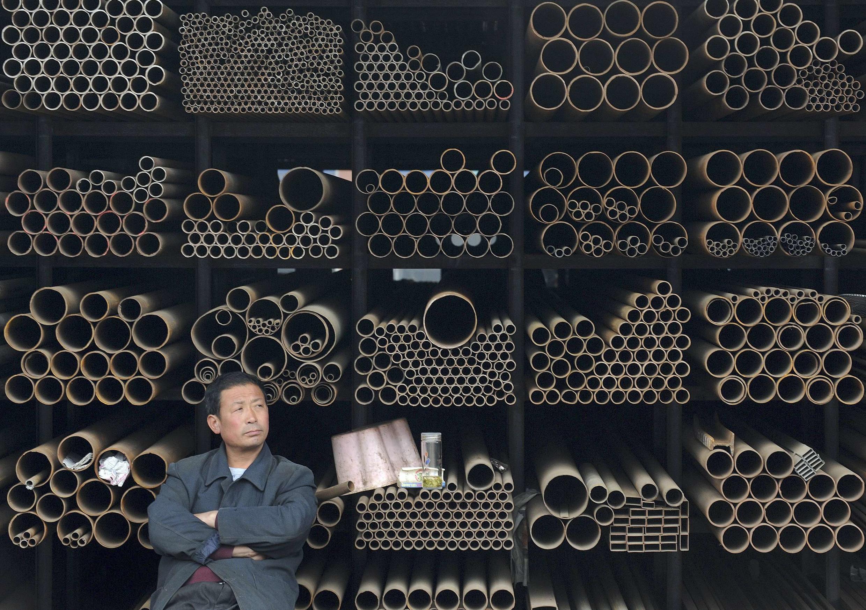 Thép Trung Quốc đợi người mua. Ảnh chụp tại tỉnh An Huy-Reuters