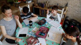 Hongrie Budapest confinement famille enfant Agnes Nemes