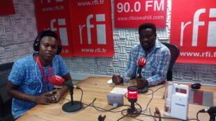 Msanii mavoice Studio za RFI Kiswahili jijini Dar Es Salaam