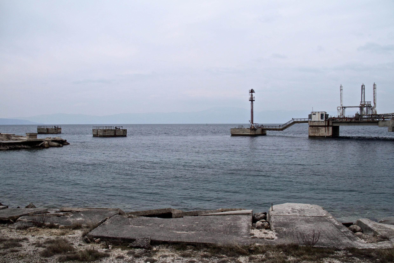 法广存档图片: 克罗地亚克尔克岛 Image d'archive RFI : Terminal Krk en Croatie.
