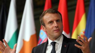 O presidente francês, Emmanuel Macron, pronuncia discurso sobre a refundação da União Europeia na Sorbonne, em Paris.