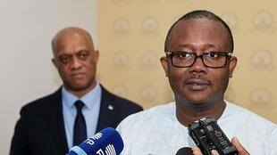 O Presidente eleito da Guiné-Bissau, Umaro Sissoko Embaló, recebido pelo Presidente de Cabo Verde Jorge Carlos Fonseca. Cidade da Praia, Cabo Verde, 11 de Janeiro de 2020.