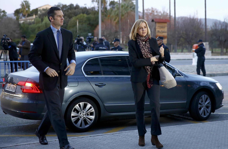Испанская инфанта Кристина и ее муж Иньяки Урдангарин предстали перед испанским судом 11 января.