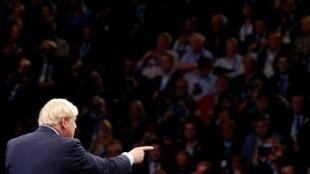 Le Premier ministre Boris Johnson lors de son discours en clôture de la conférence annuelle du Parti conservateur, à Manchester, le 2 octobre 2019.
