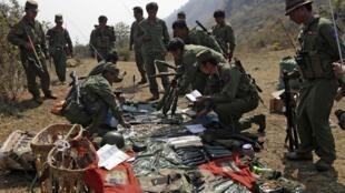 2015年3月初,缅甸果敢族同盟军控制区内情景