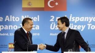 El primer ministro turco Tayyip Erdogan y el presidente del gobierno español José Luis Rodríguez Zapatero en la Moncloa, 22 de febrero de 2010