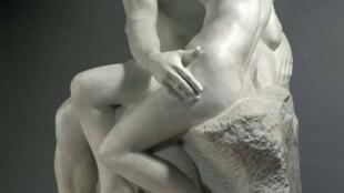 羅丹的雕塑作品《吻》