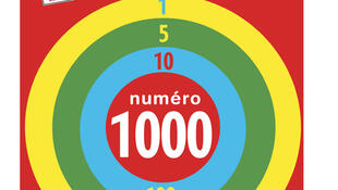 Le logo du N° 1000 de Courrier International