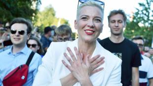 María Kolesnikova participa en una manifestación opositora el 6 de agosto de 2020 en las calles de Minsk