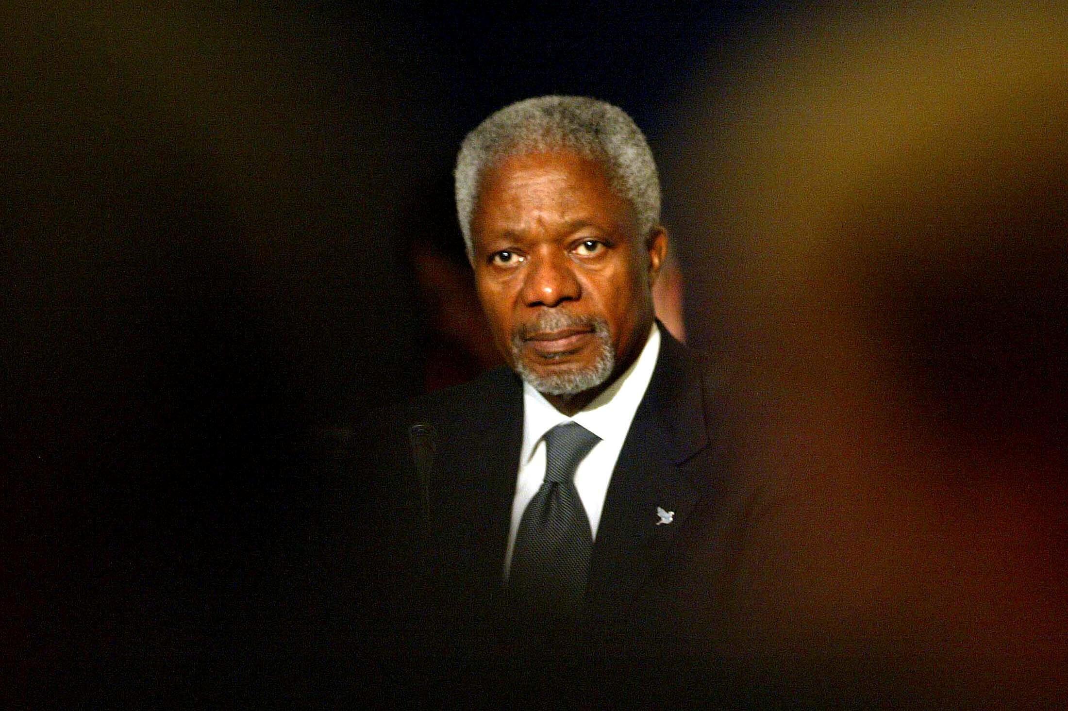 Le secrétaire général de l'Organisation des Nations unies, Kofi Annan, au National Forum en Europe. Dublin Castle, 14 octobre 2004.