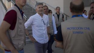 O ministro espanhol do Interior, Fernando Grande-Marlaska, no porto de Algeciras neste sábado, 28 de julho de 2018