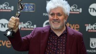 No es la primera vez que el cineasta español Pedro Almodovar es galardonado por los Premios Platino del Cine Iberoamericano