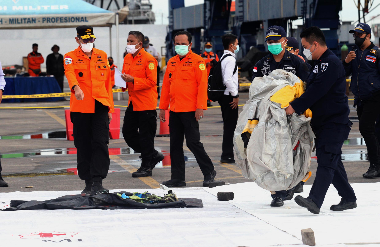 Image d'archive RFI: Des parties du corps et des débris ont été retrouvés sur le vol SJ182 de Sriwijaya Air qui s'est écrasé près de Jakarta.