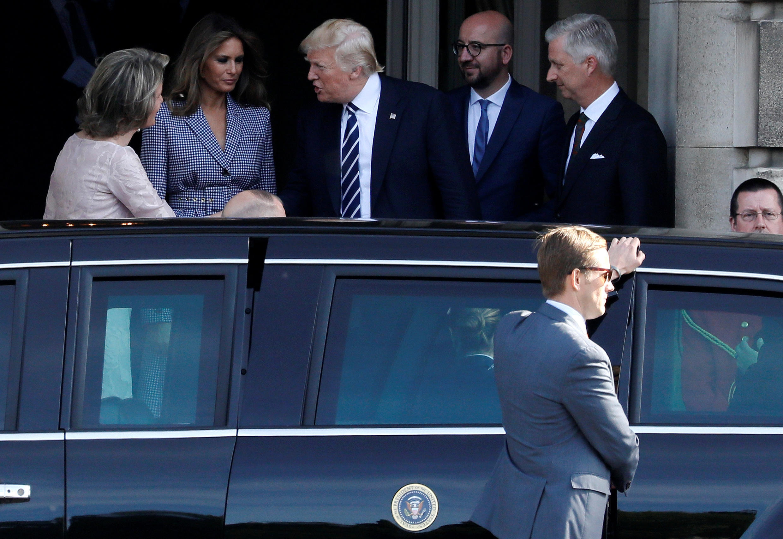 Malkia Mathilde na Mfalme Philip pamoja na Waziri Mkuu Charles Michel mjini Brussels wakiwa pamoja na Melania na Donald Trump Mei 24, 2017.
