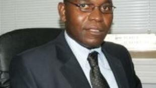 Gabriel Lemequezani, Secretário-geral do Sindicato Nacional dos Empregados Bancários de Moçambique