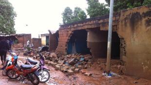 Les dégâts causés par les inondations à Bamako, le 28 août 2013.