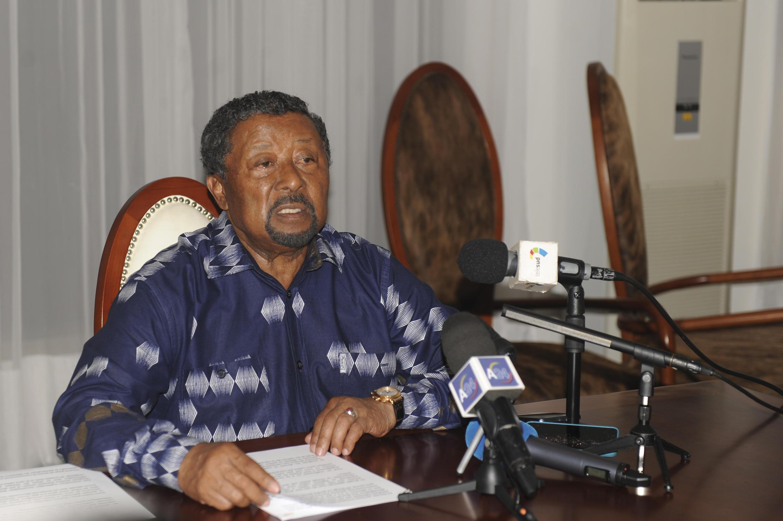Le leader de l'opposition gabonaise Jean Ping, lors d'une conférence de presse, deux jours après la réélection d'Ali Bongo, le 2 septembre 2016.