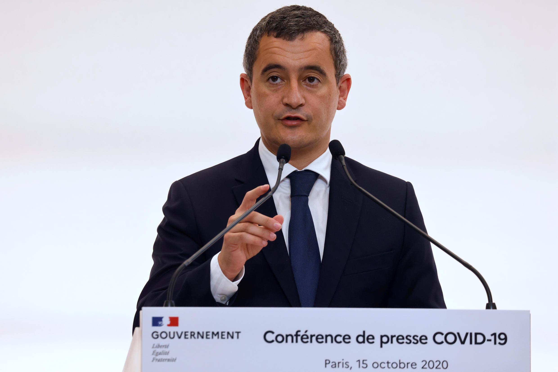 Глава французского МВД Жеральд Дарманен на пресс-конференции 15 октября 2020.