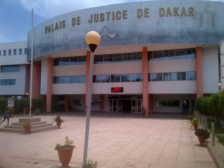 Le procès très attendu de l'ancien président tchadien Hissène Habré se déroule au palais de justice Lat Dior de Dakar à partir du 20 juillet 2015.